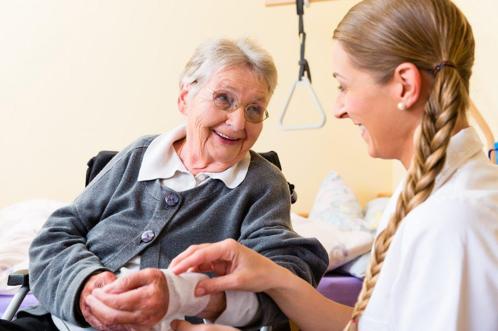 wound care rehab at nursing home in forest hills queens